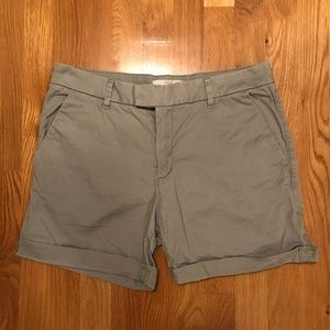 H&M Shorts - H&M LOGG Chino/Khaki Light Olive Green Shorts